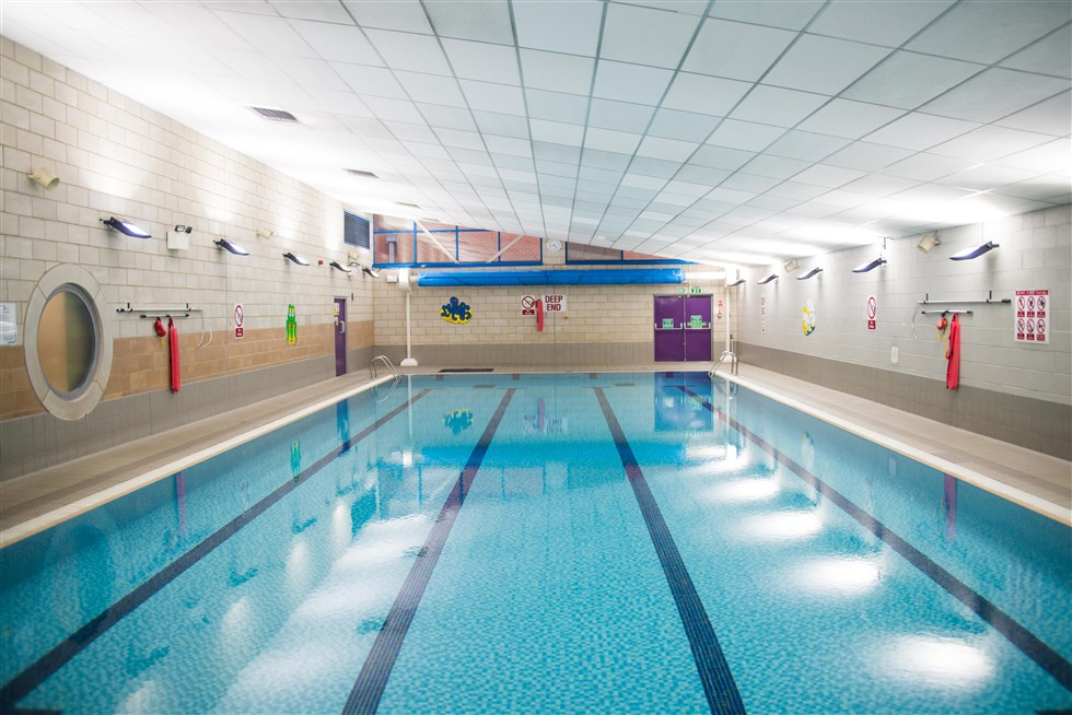 20 Metre Swimming Pool Castle View Academy