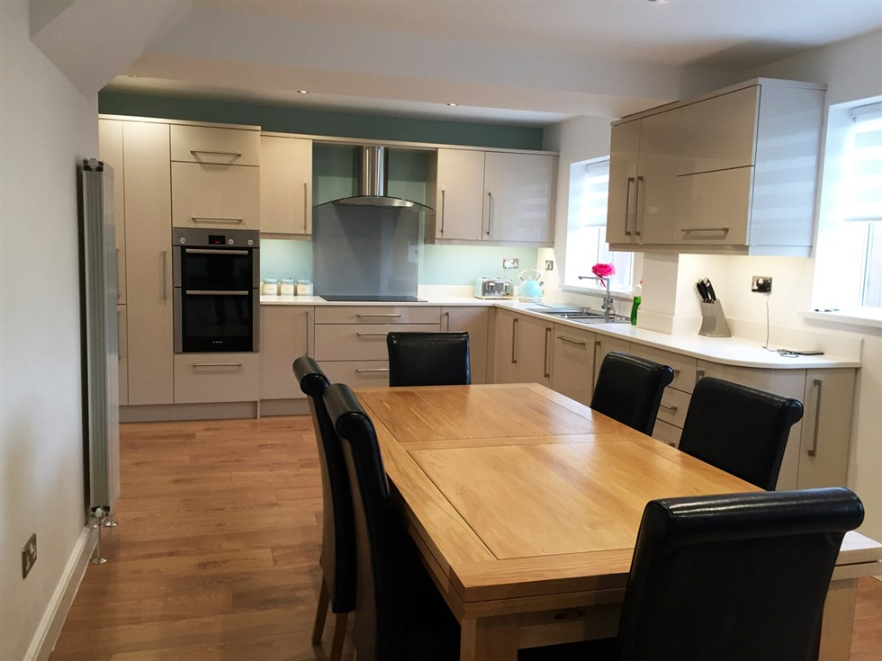 Also Extended At The Back Of House With Knock Through Creating Large Kitchen Dining Area