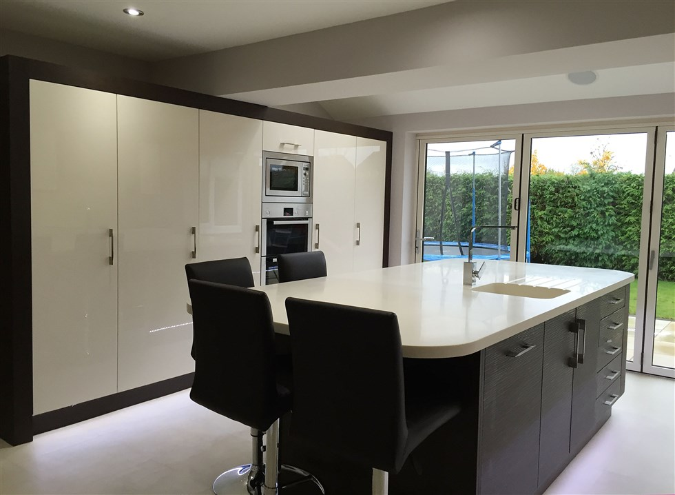 Bi Fold Doors In Cream Colour   Exact Match To Kitchen Doors