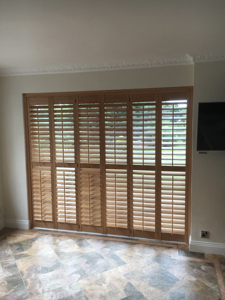 Golden Oak Plantation Shutter Uk Blinds And Shadings