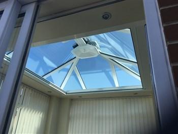 Orangery roof zip screen blind